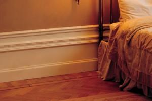 High skirting board effect